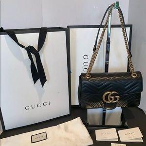 Black Leather Gucci GG Marmont Medium Matelassé
